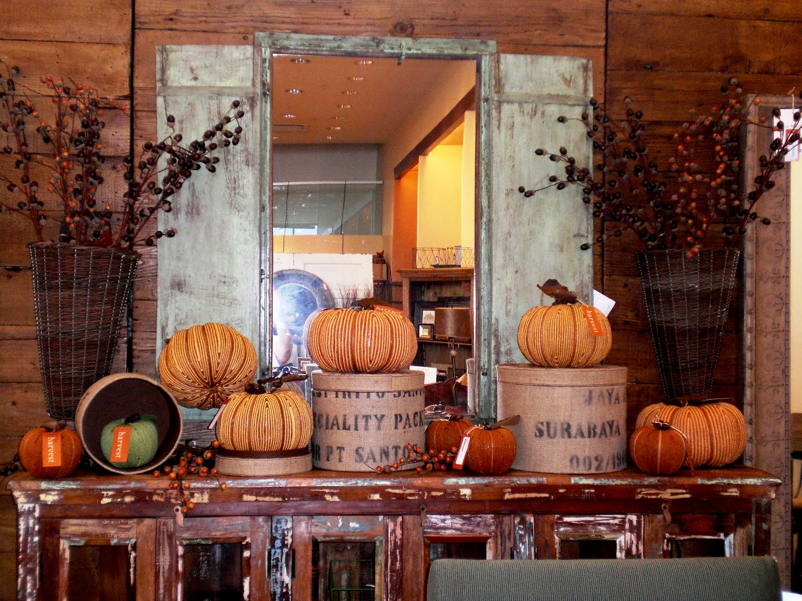 10 things everyone should do this fall for Fall decorations for the home