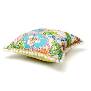 reversible-pillow_nosie-posey_boardwalk-cafe