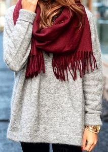 Accessories are the easiest way to add a pop of color. Add a maroon scarf to a neutral-colored outfit and you instantly get an eye-catching ensemble.