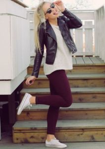 Want to be more comfortable? Trade the skinny jeans for leggings! Wear a chunky sweater and/or jacket and you will instantly dress up your outfit.