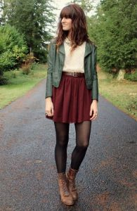 Maroon high-waisted skirts are also versatile . Wear a green jacket for more color and boots to make your legs appear longer.