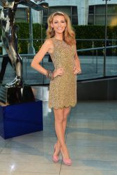 54aabcc70ff0a_-_elle-09-blake-lively