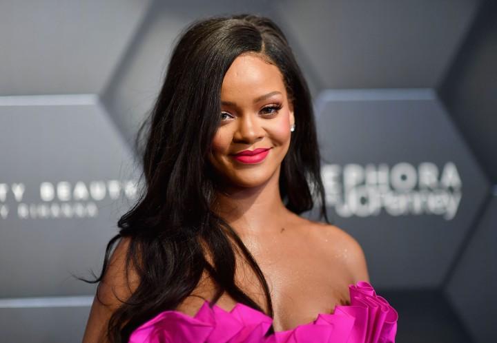 Rihanna: Pop Star Turned FashionPowerhouse