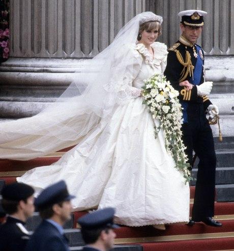 wedding-dresses-tout
